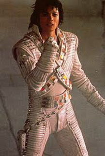captaineo3.jpg